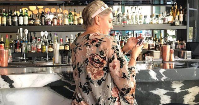 Janette Ewen Birdbar Holiday