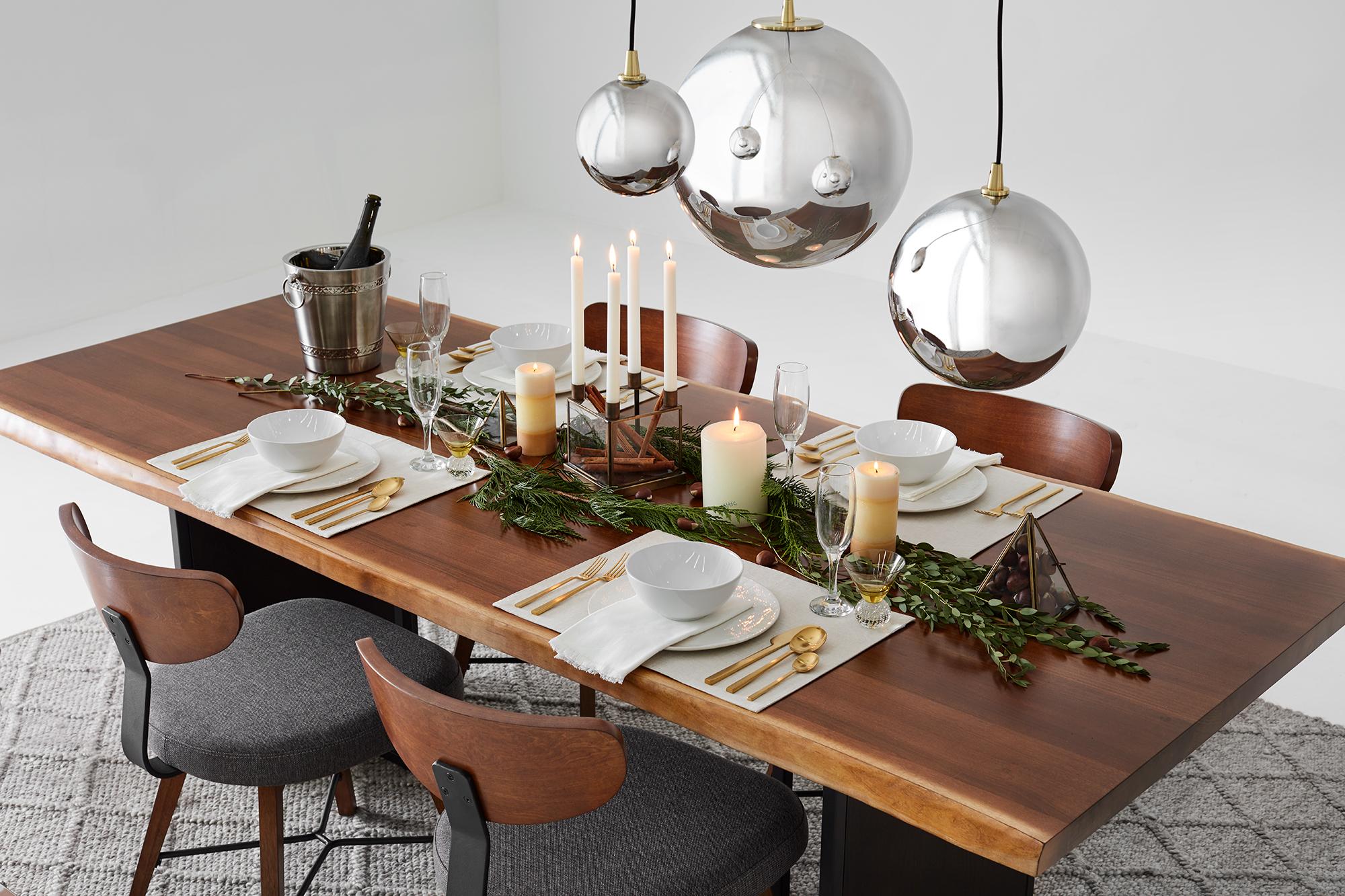 table festive et naturelle pour le temps des fêtes