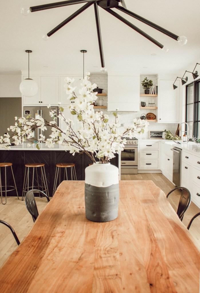 Kassandra Dekoning dining room kitchen
