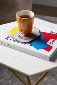 Bureau à domicile, tasse de thé
