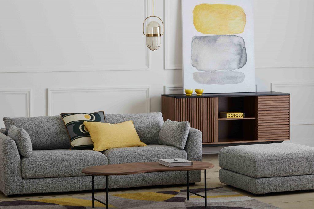 mobilia modern living room wall decor ideas